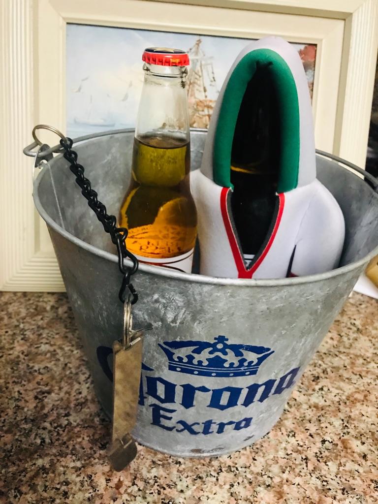 Corona Metal Bucket souvenir Gift Set