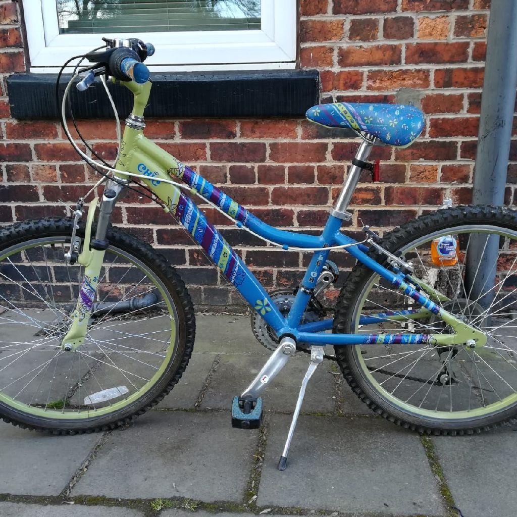 girls bike..immaculate