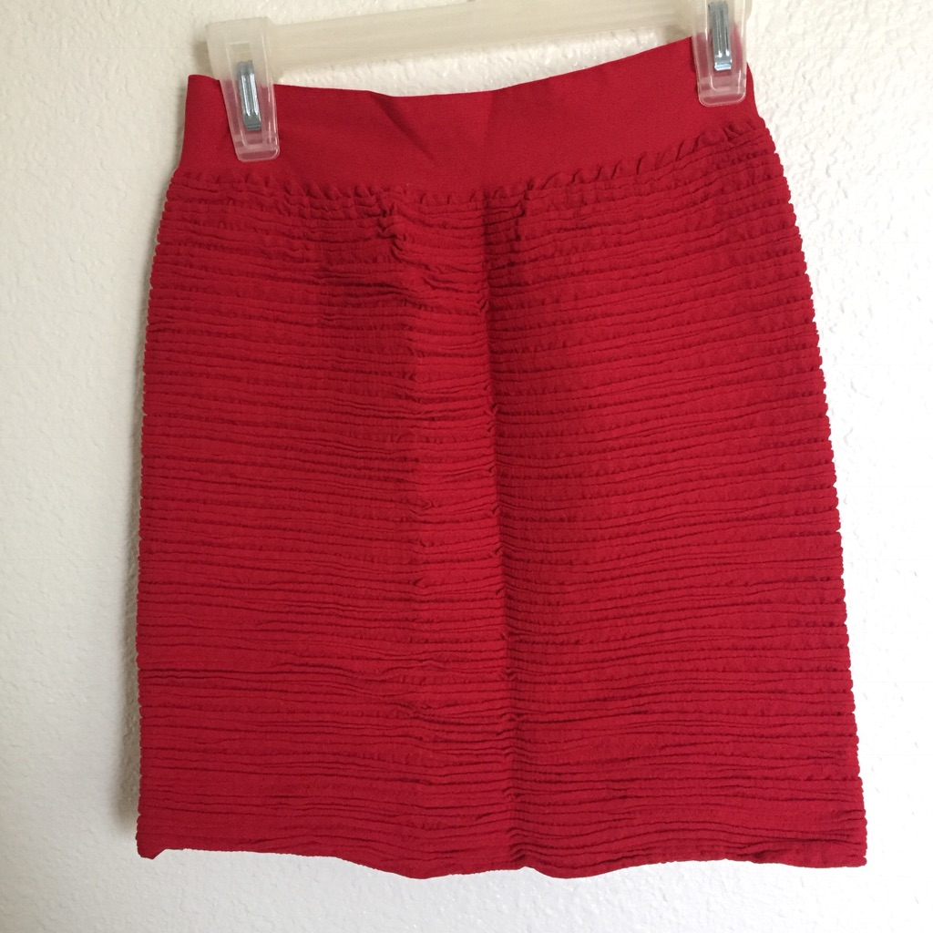 Red stretch to fit mini skirt