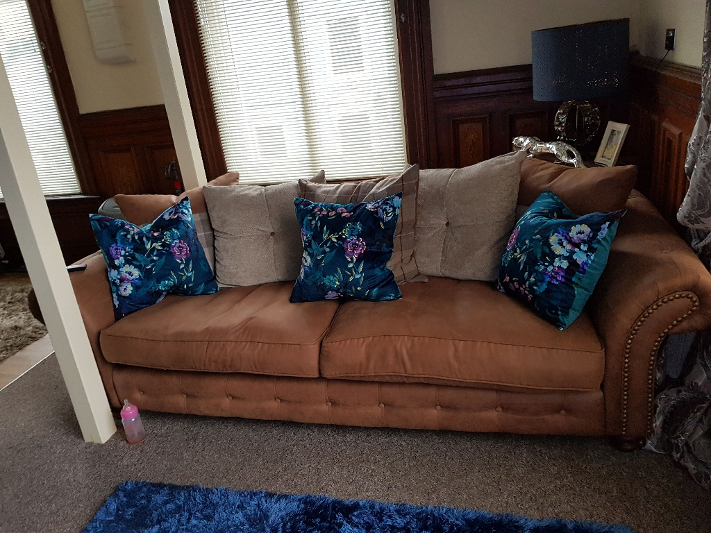 4 seater fairfield dfs sofa,