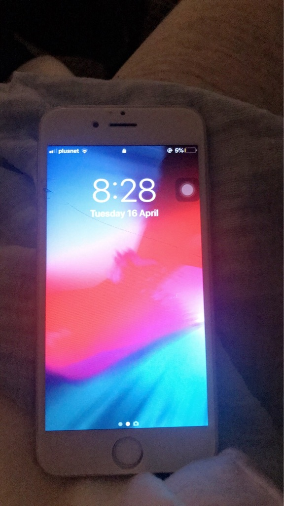iPhone 6 silver unlocked 16gb.