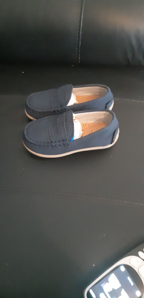 Younger boys loafers never worn