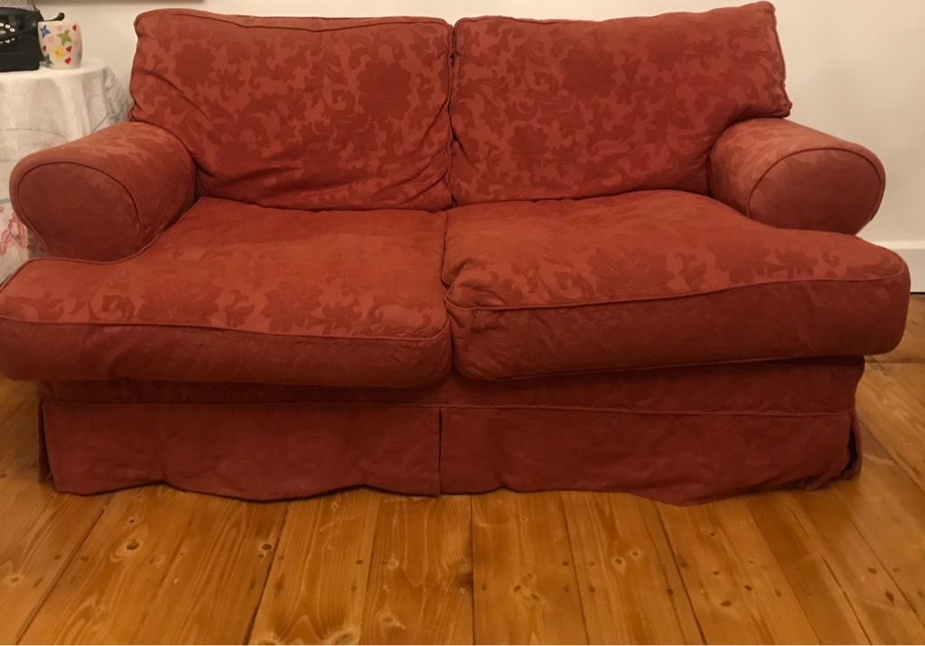 Very comfortable sofa suite!
