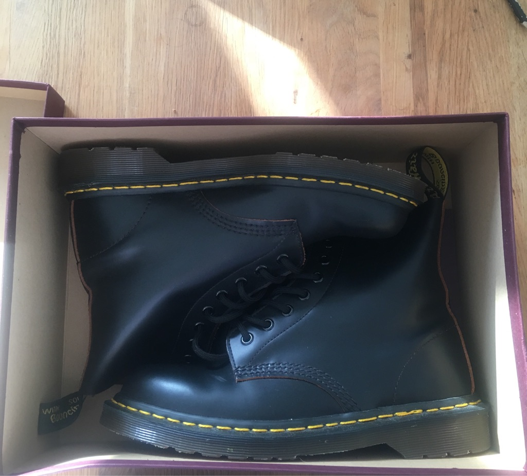 Doc Marten made in England size 6
