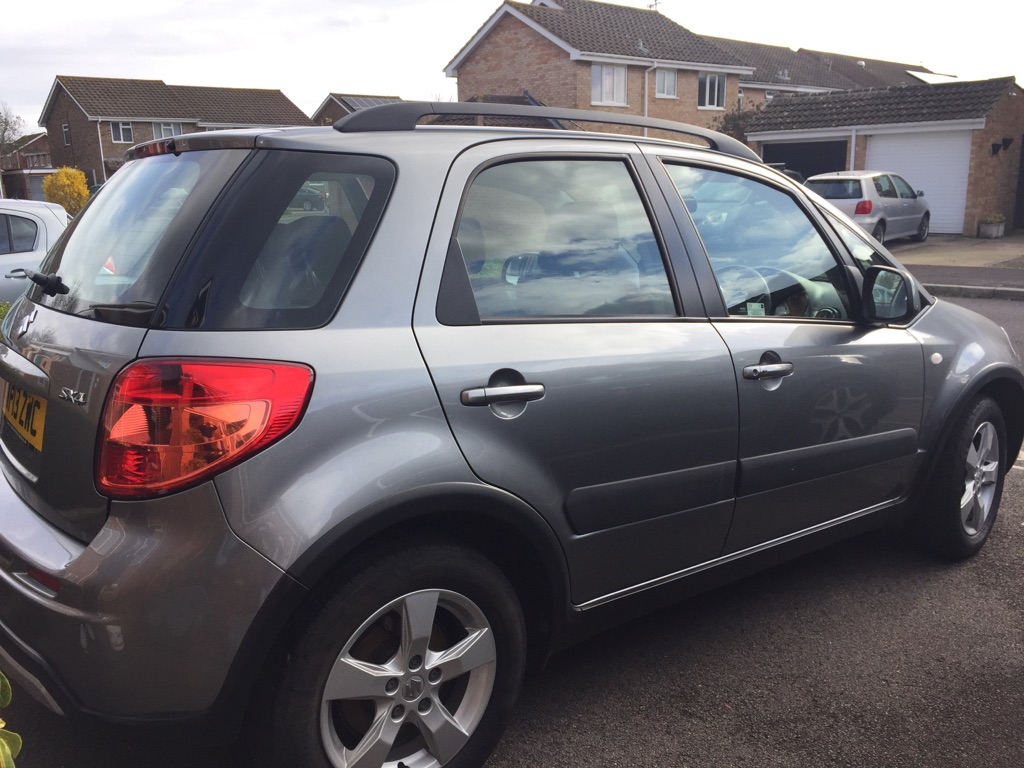 Suzuki SX4 low mileage FSH
