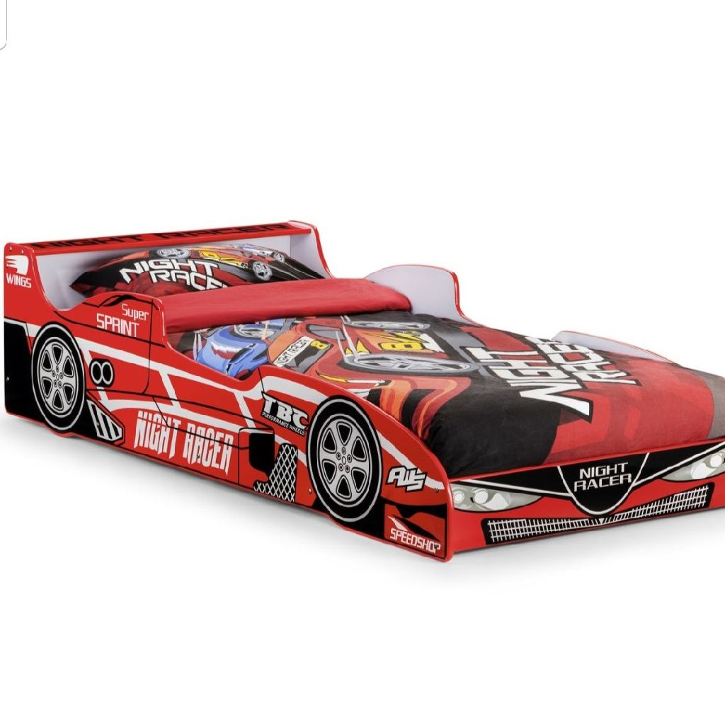 Julian bowen racing car bed
