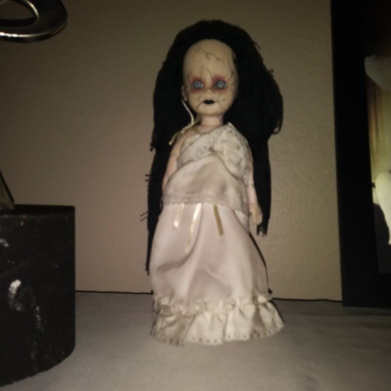 Living dead doll bride