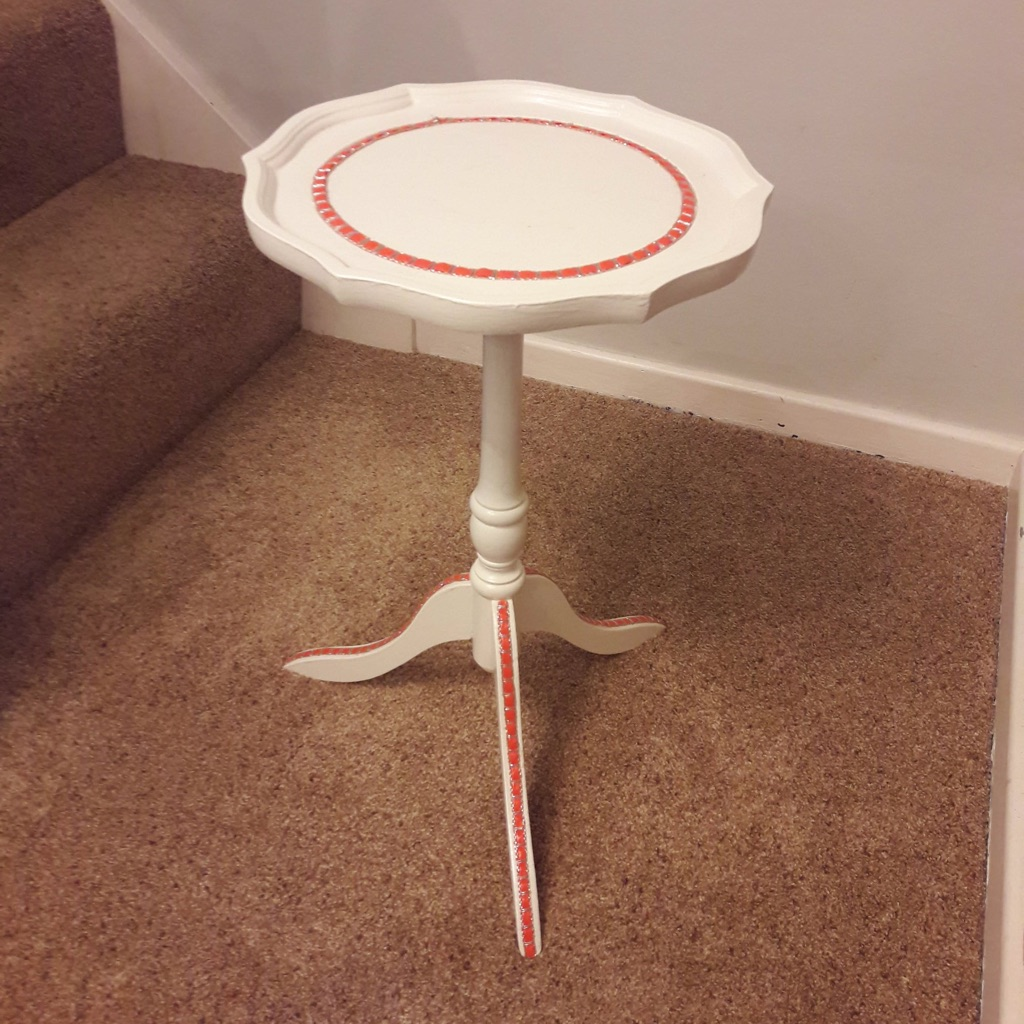 Small Lamp Table