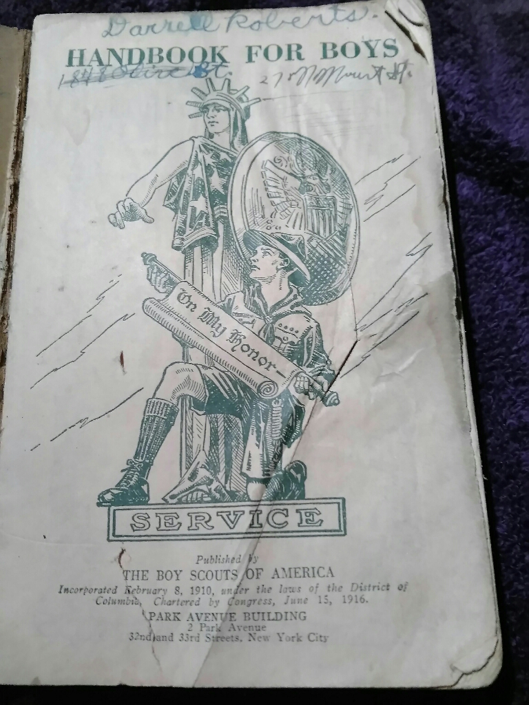 Boy scout handbook REDUCED $$$