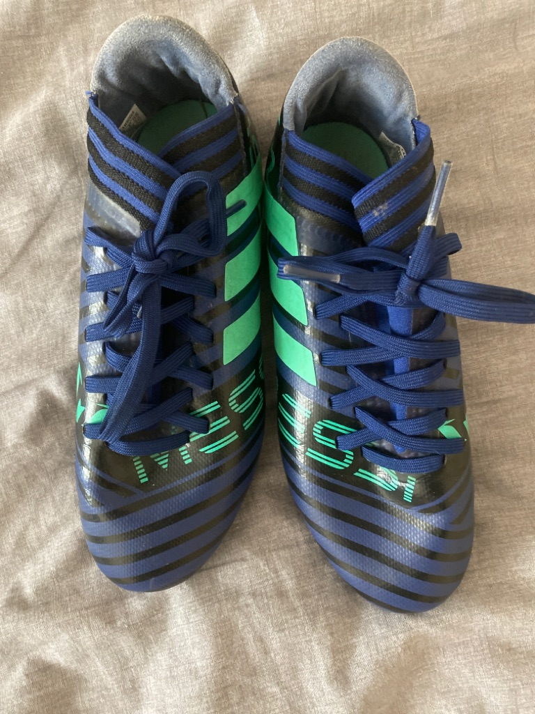 Adidas messi nemeziz football boots size 3