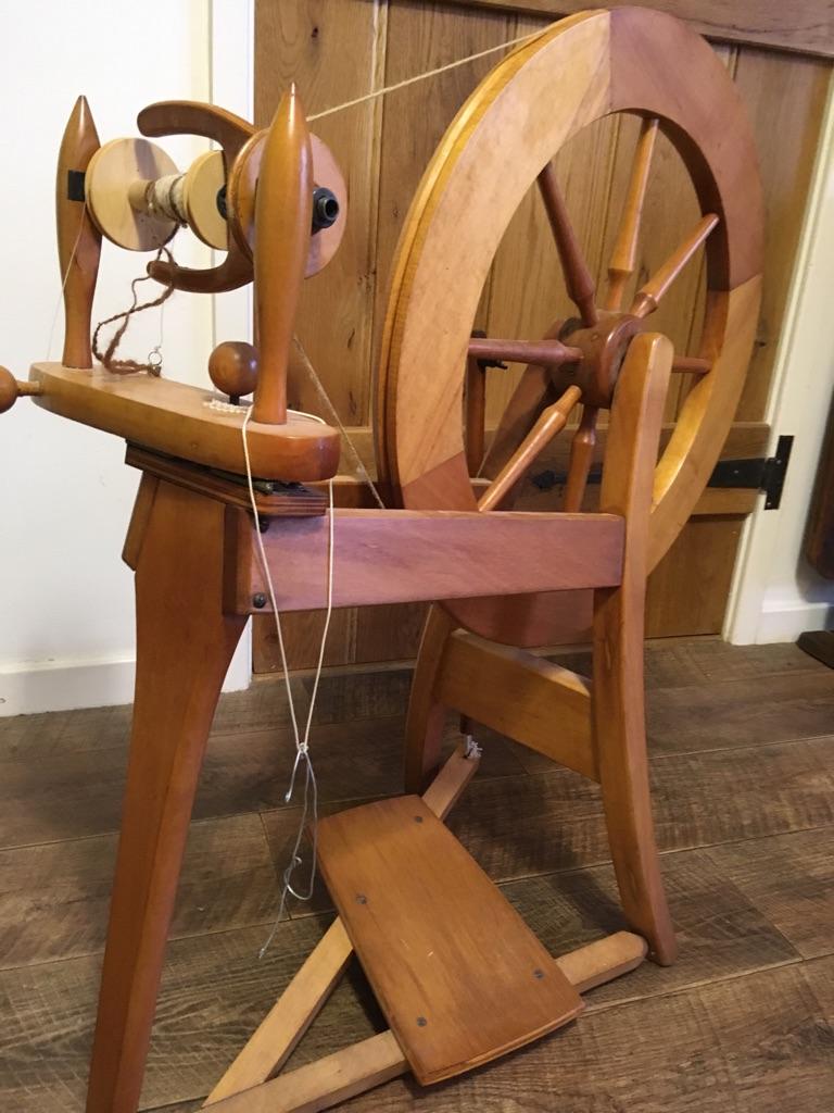 Spinning wheel-Ashford traditional