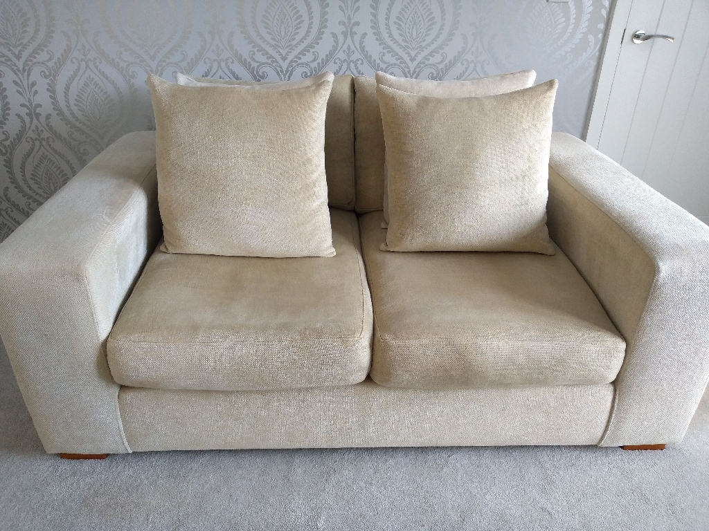 Raft Manhattan 2.5 Settee Sofa