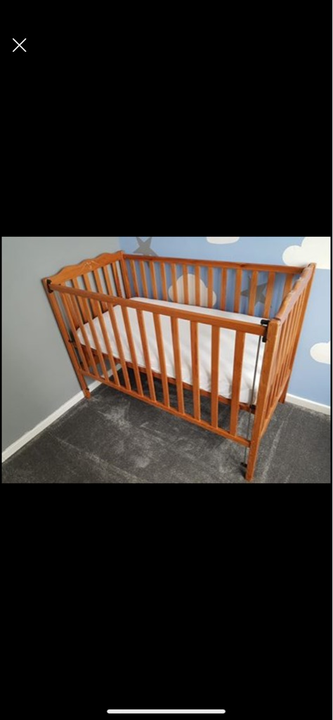 Mamas and papas drop side cot