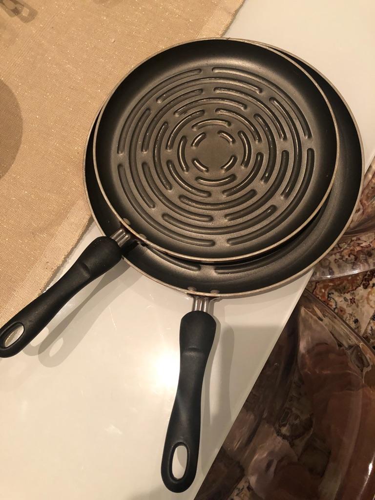 Set of 2 grilled pan