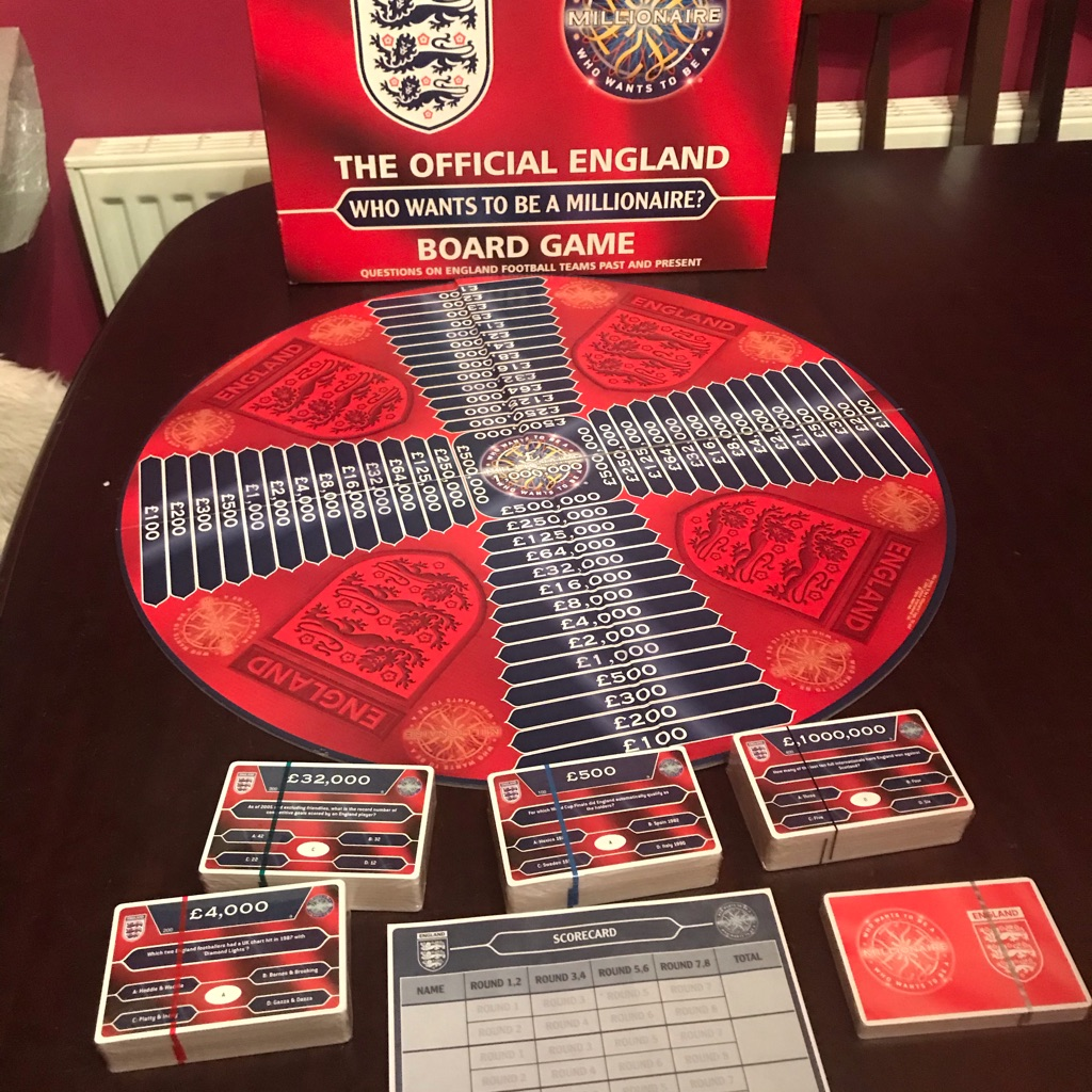 NEW The Offical England Who Wants To Be A Millionare  Board Game