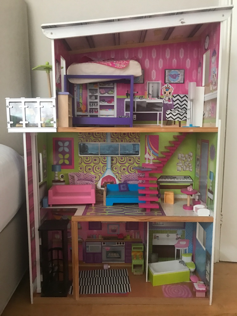 ELC glamour mansion doll house