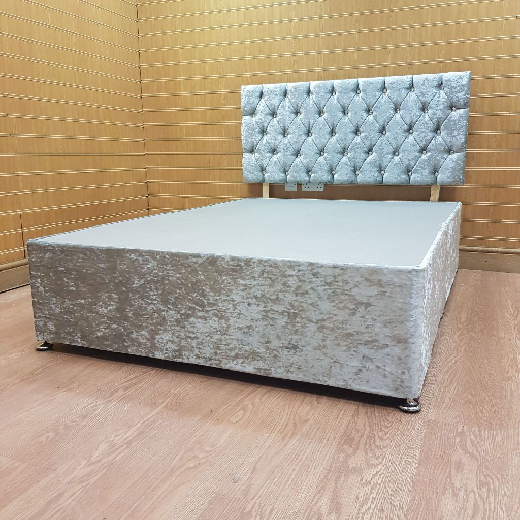 5ft king size silver crushed velvet with diamante bed