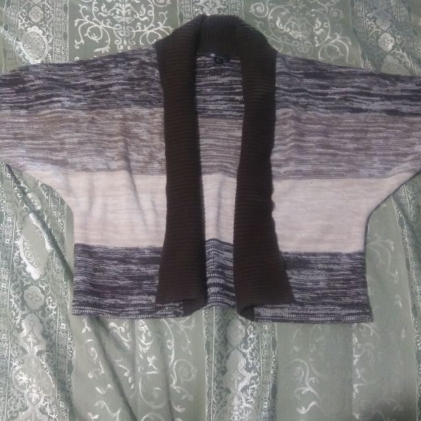 Ladies medium sweater