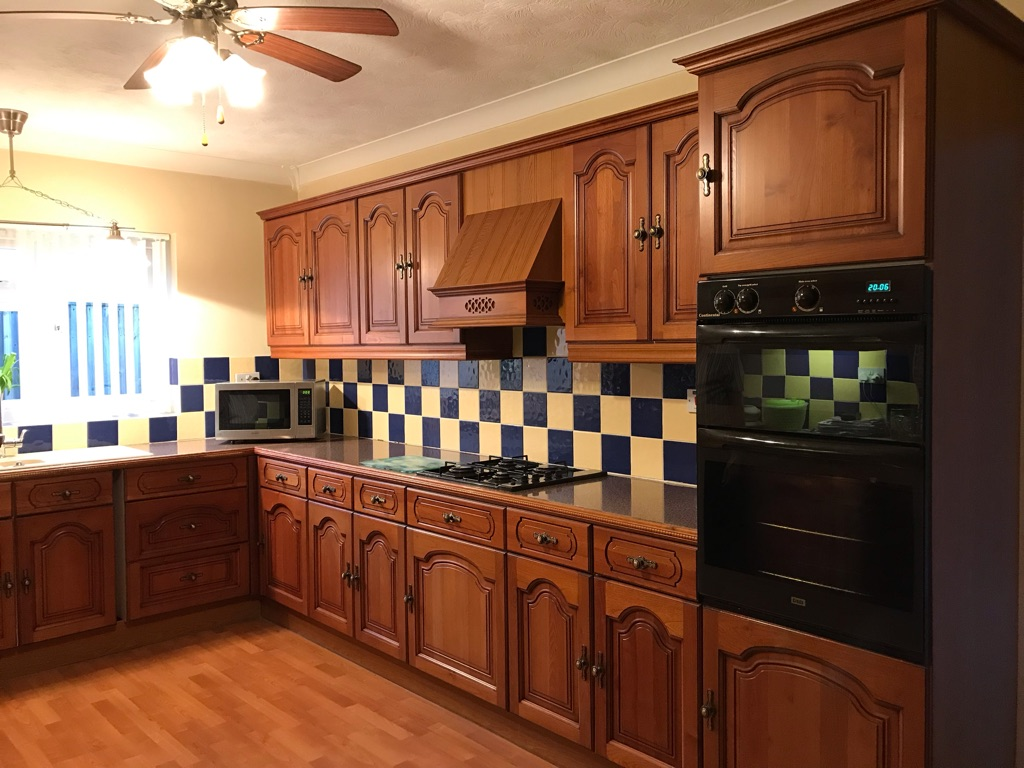Cherry wood complete kitchen