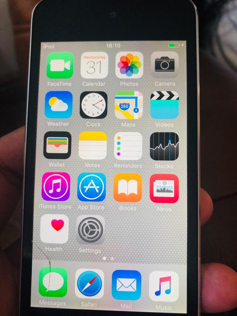 iPod 5th generation 16gb silver