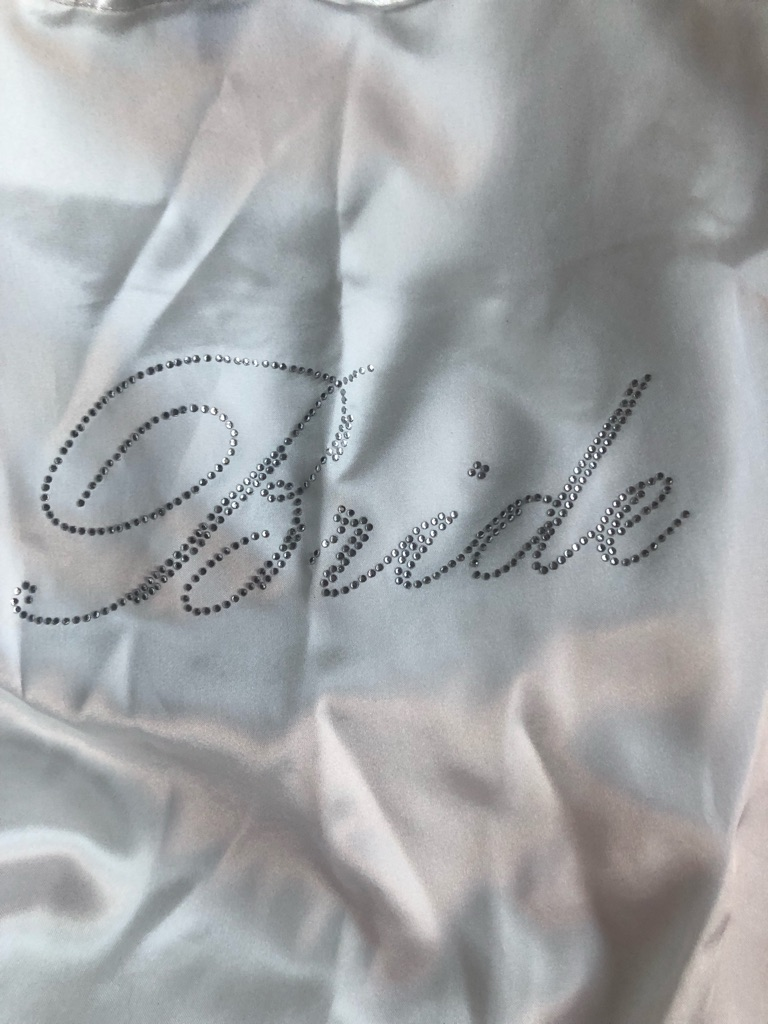 Dressing gown and eye mask bride