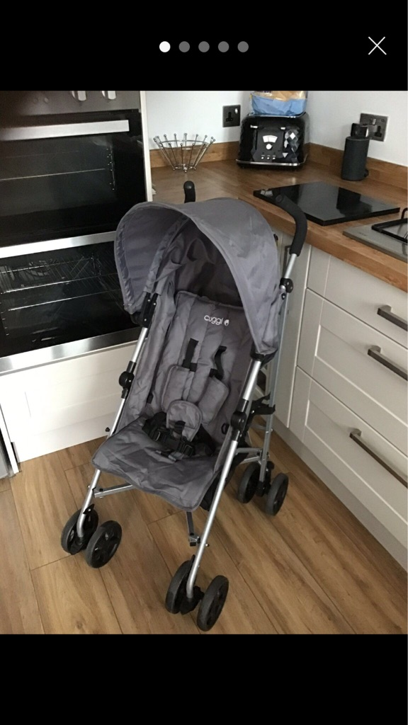Cuggl Hazel Pushchair with extendable hood - Grey