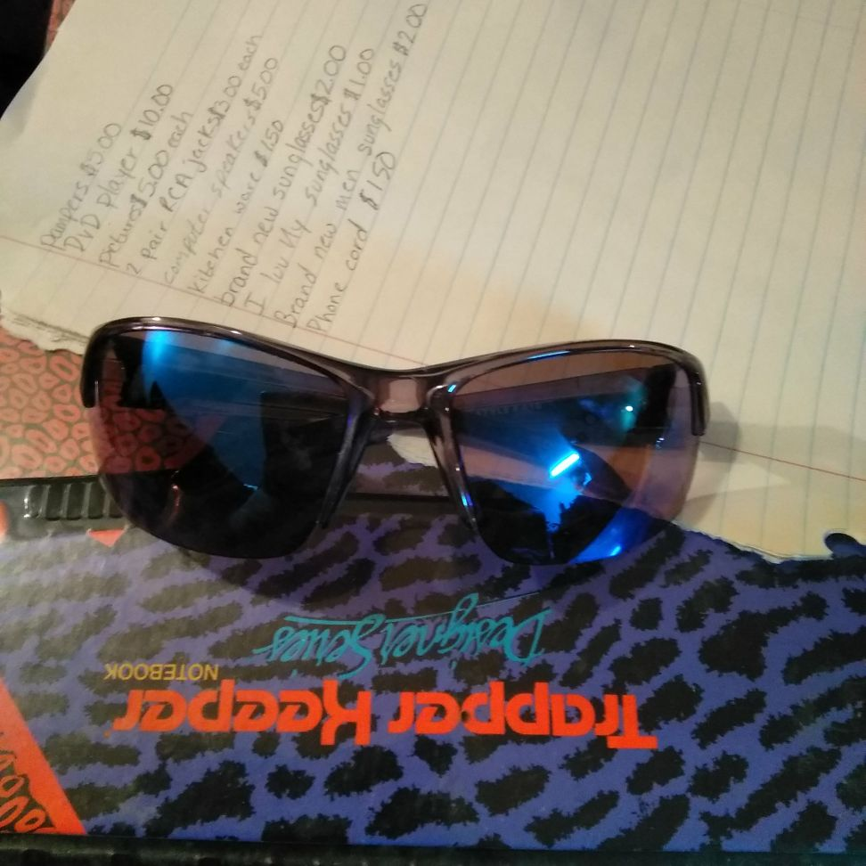Men's brand new sunglasses $2.00