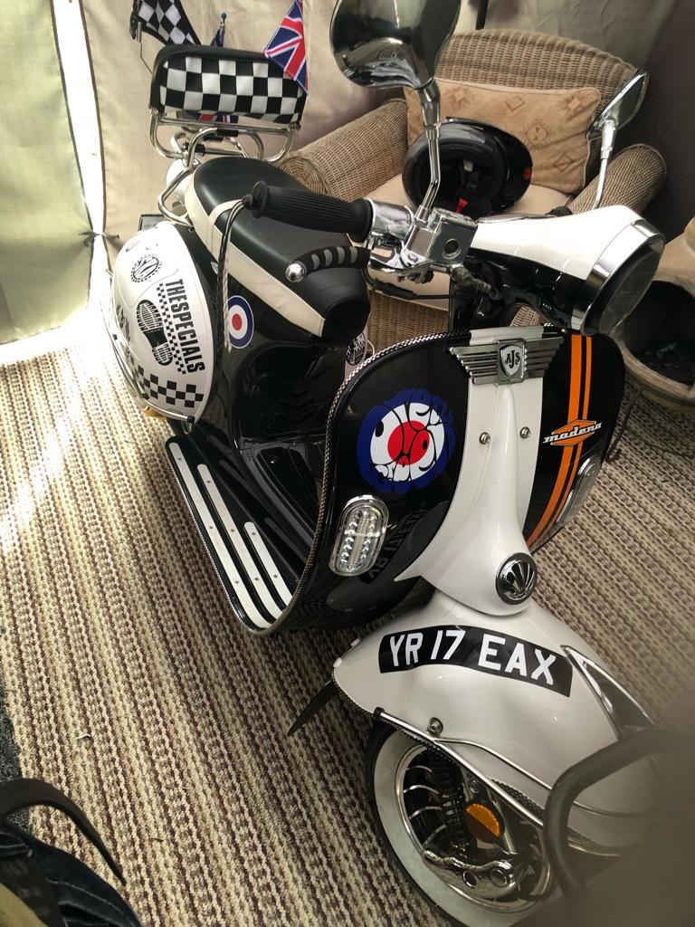 Modena 50cc mod scooter Vespa lookalike