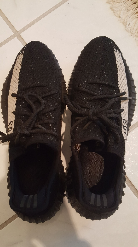 separation shoes 9d8ca 645c7 Adidas Yeezy Boost 350 v2 Oreo
