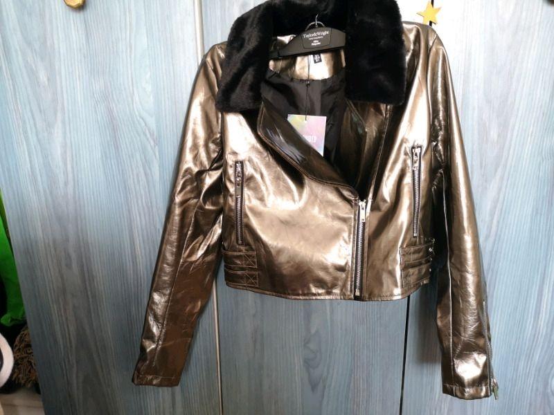 Faux fur collar vinyl biker sz 6 New by Miss Guided