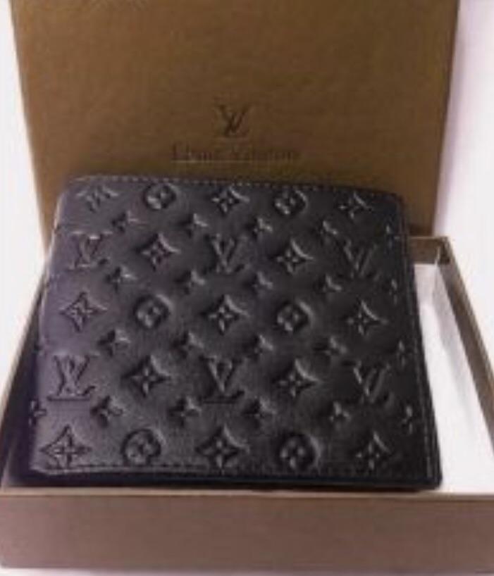 New black Louis Vuitton wallet