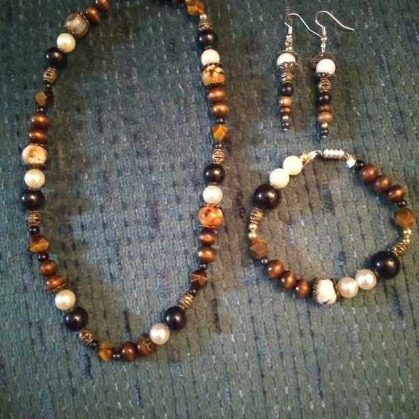 Handmade Jewelry y
