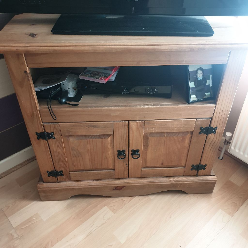 J Kerr's solid wood corner unit and table