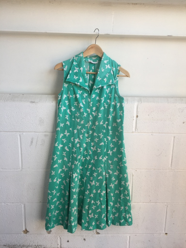 Original green vintage dress size 10