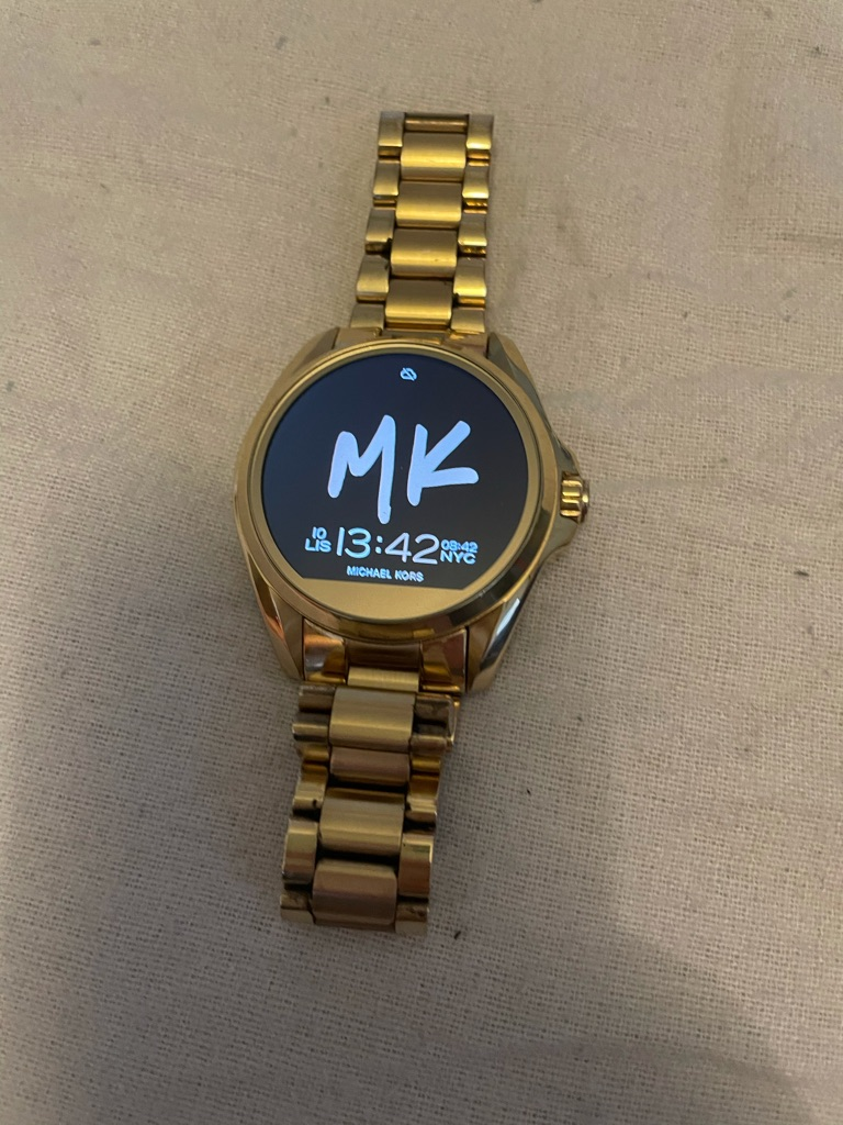 Michael kors smartwatch mkt5001