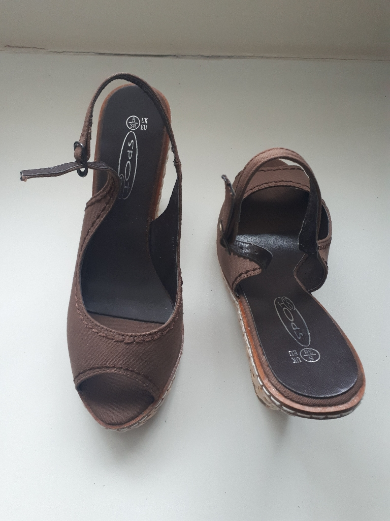 Brand New Brown Slingback Wedges Size 5