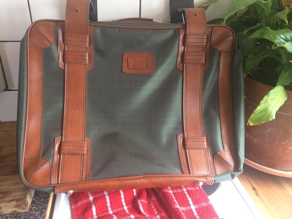 Beautiful suitcase/briefcase