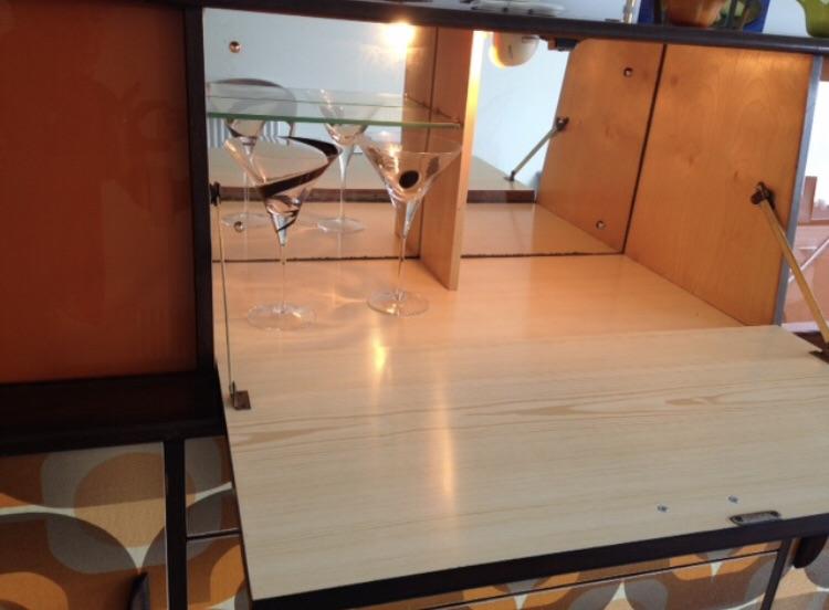 Vintage Cocktail Sideboard / Cocktail Cabinet