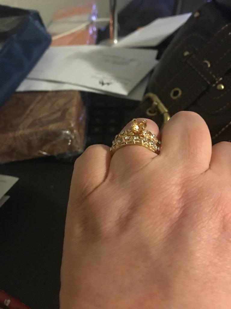 2pc 18k gold filled wedding/engagement ring set