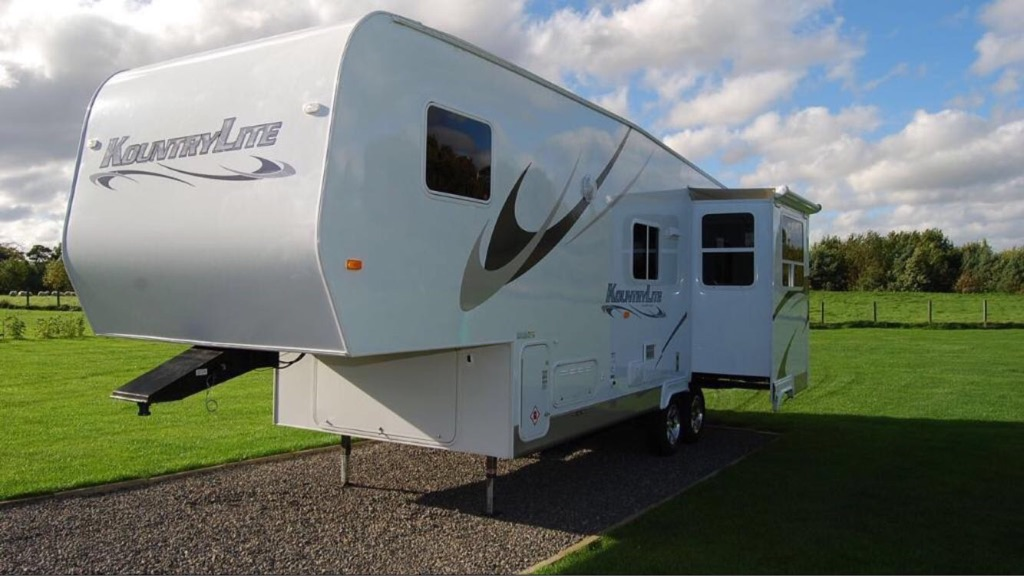 5th wheel caravan - kountrylite