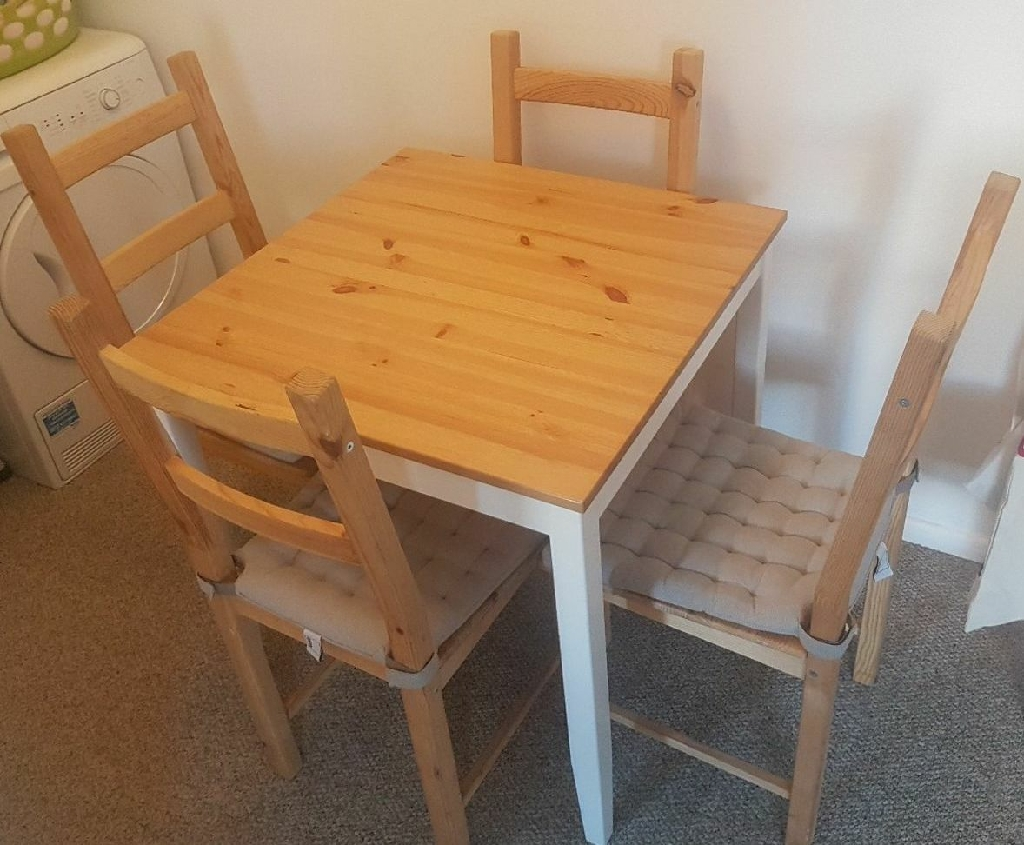 SOLD    Table with 4 chairs