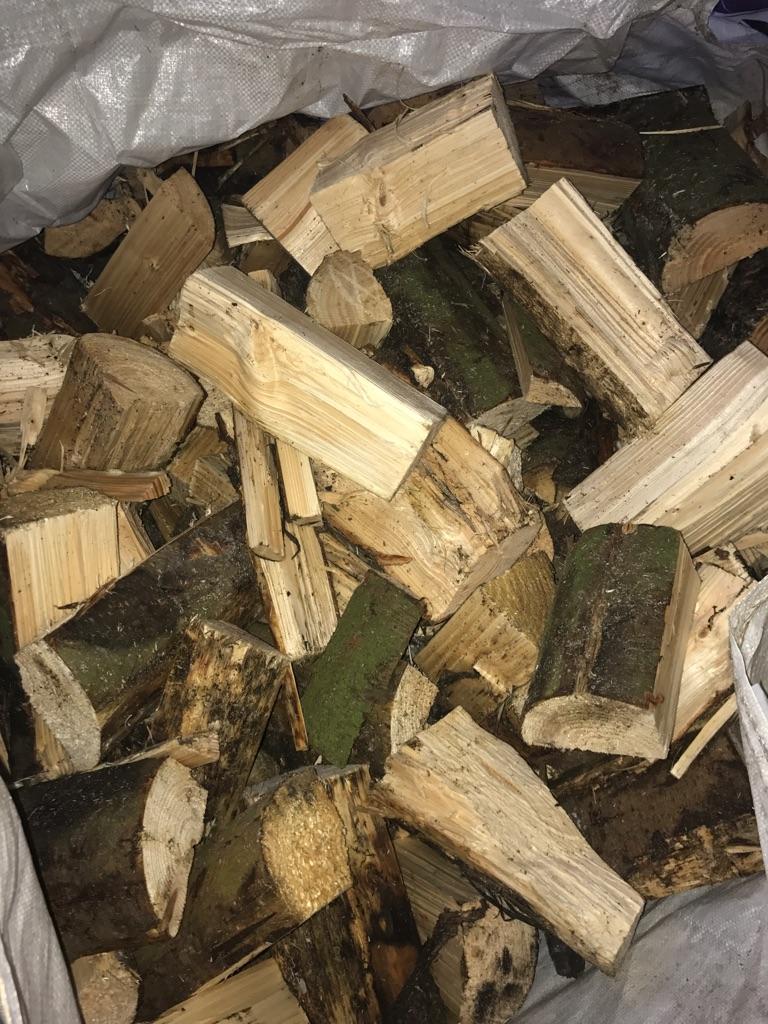 Seasoned log Nets £3.00