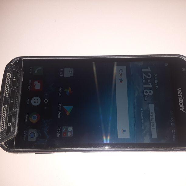 Kyocera Duraforce Pro Verizon/T-Mobile/MetroPCS/AT&T/Cricket Phone New Without Box Clear ESN Black