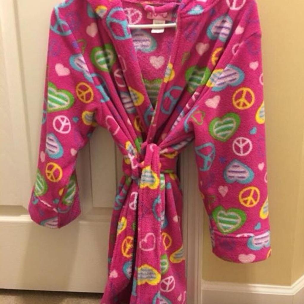 Girl's robe, size 10-12