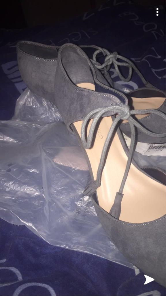 Tie top heels