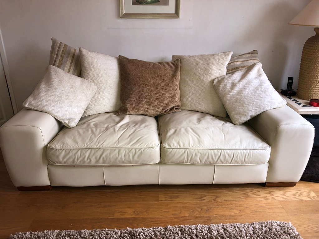 Cream leather settee suite