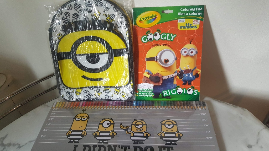 Minion colouring book, pencils and bag
