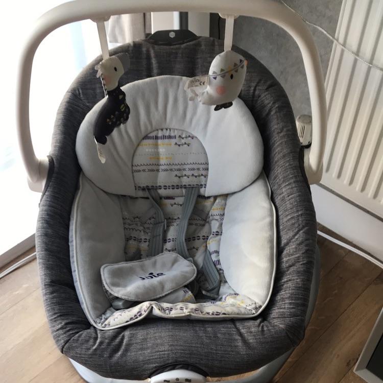 Joie 2in1 swinging chair/rocker
