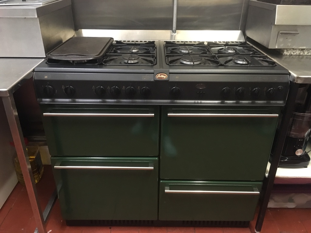 Belling 8 burner gas range