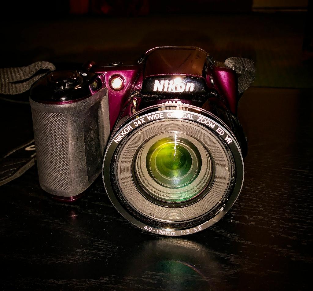 Nikon COOLPIX L830.